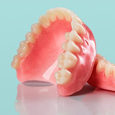 Cъёмные протезы при полном отсутствии зубов